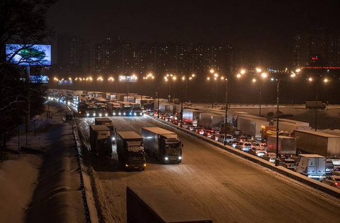Дальнобойщики перенесли акцию протеста в Москве