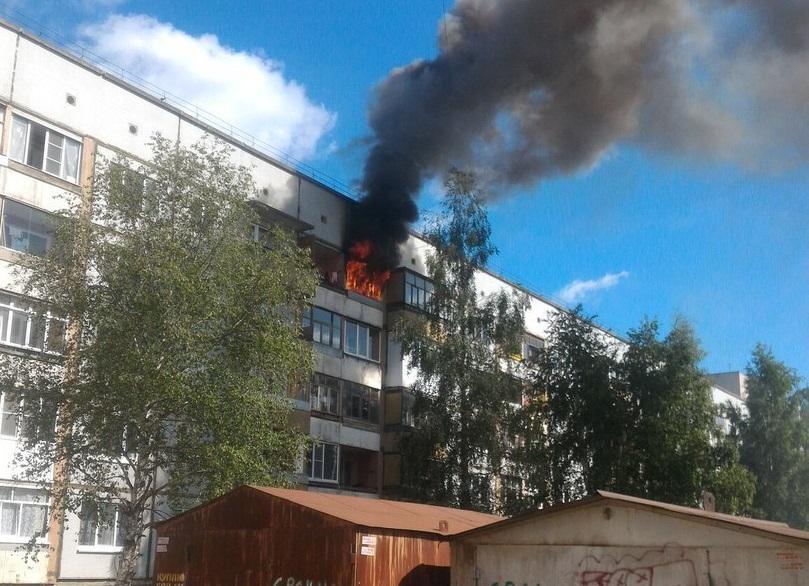 В Вологде загорелась квартира в пятиэтажке на улице Фрязиновской