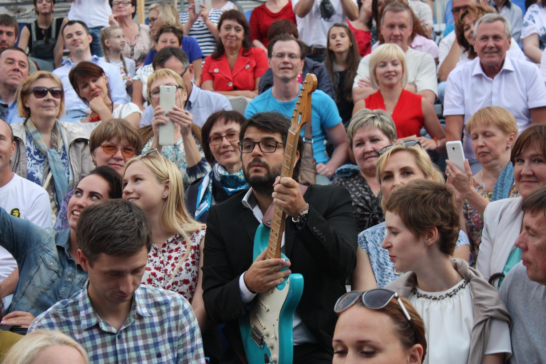 Аргентинский гитарист Хосе Луис Пардо выучил для выступления в Вологде несколько русских фраз