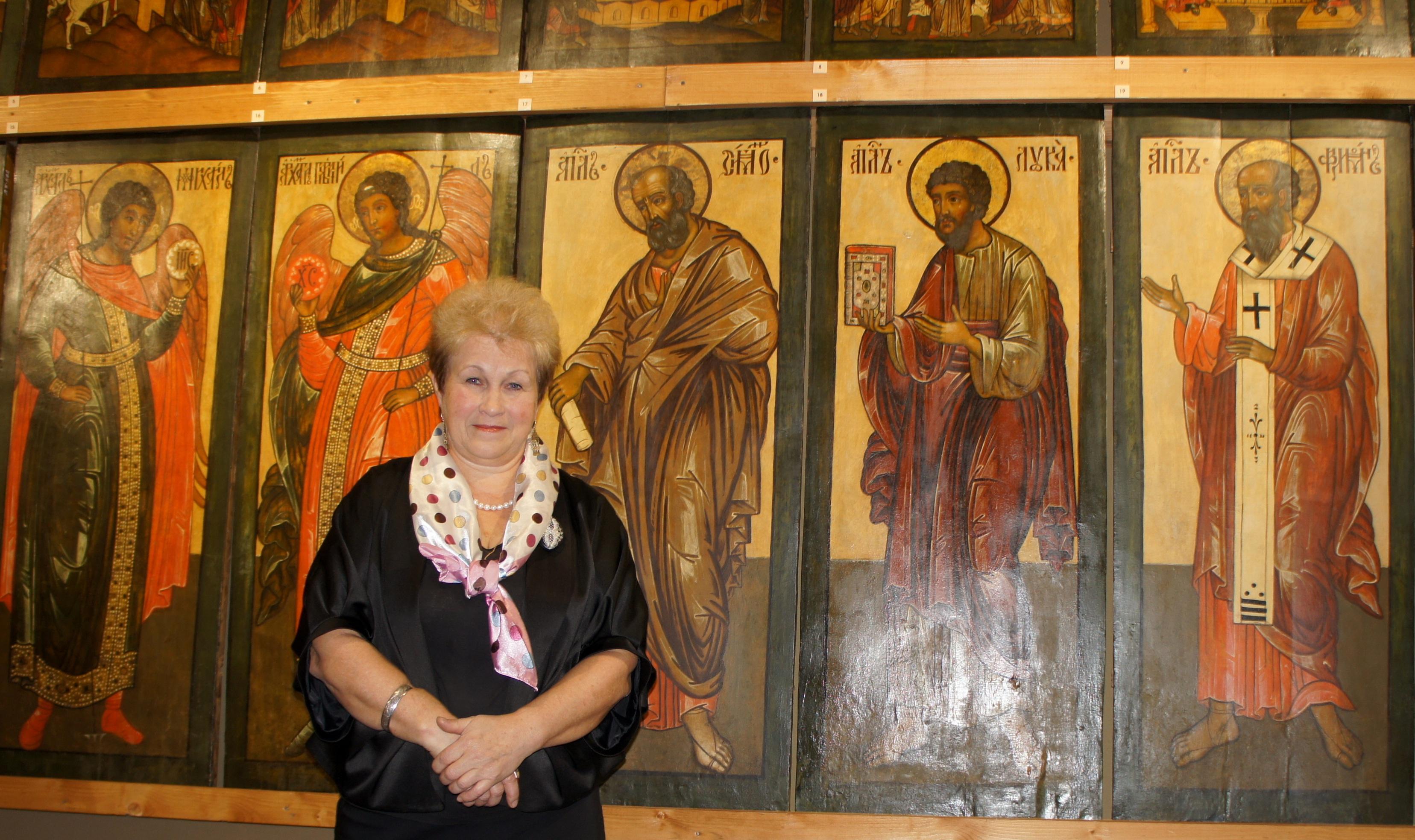Выставка реставратора Ольги Соколовой открылась в Кириллове