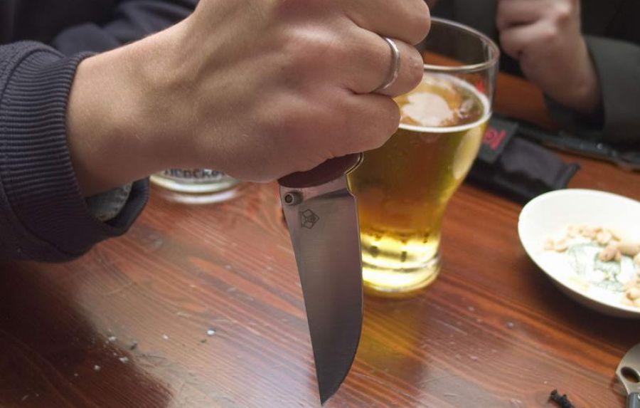 Пьянка в Устюженском районе закончилась убийством и самоубийством