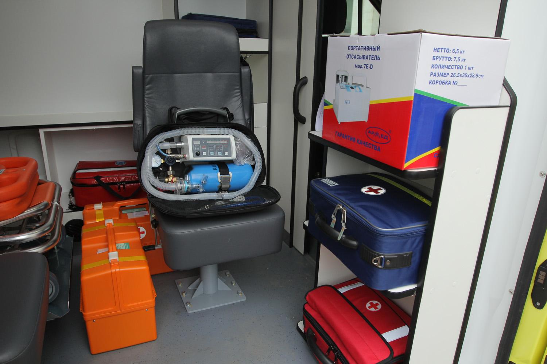 Больницы Вологодской области получили еще 13 автомобилей скорой помощи