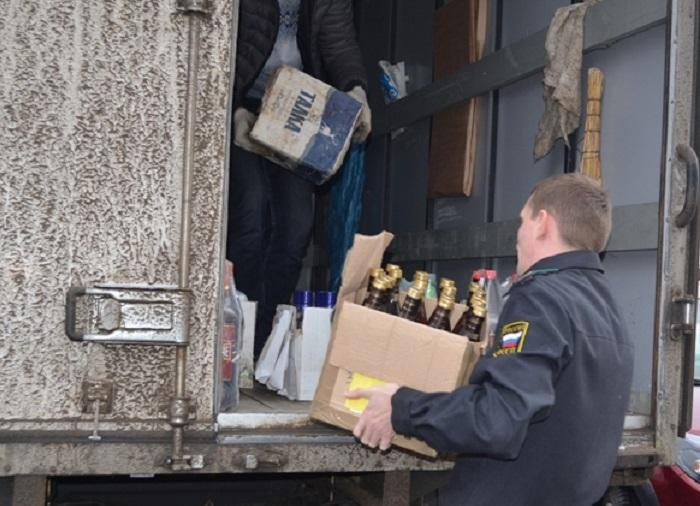Из Вологды отправят на утилизацию 832 литра пива, водки и сока с добавлением алкоголя