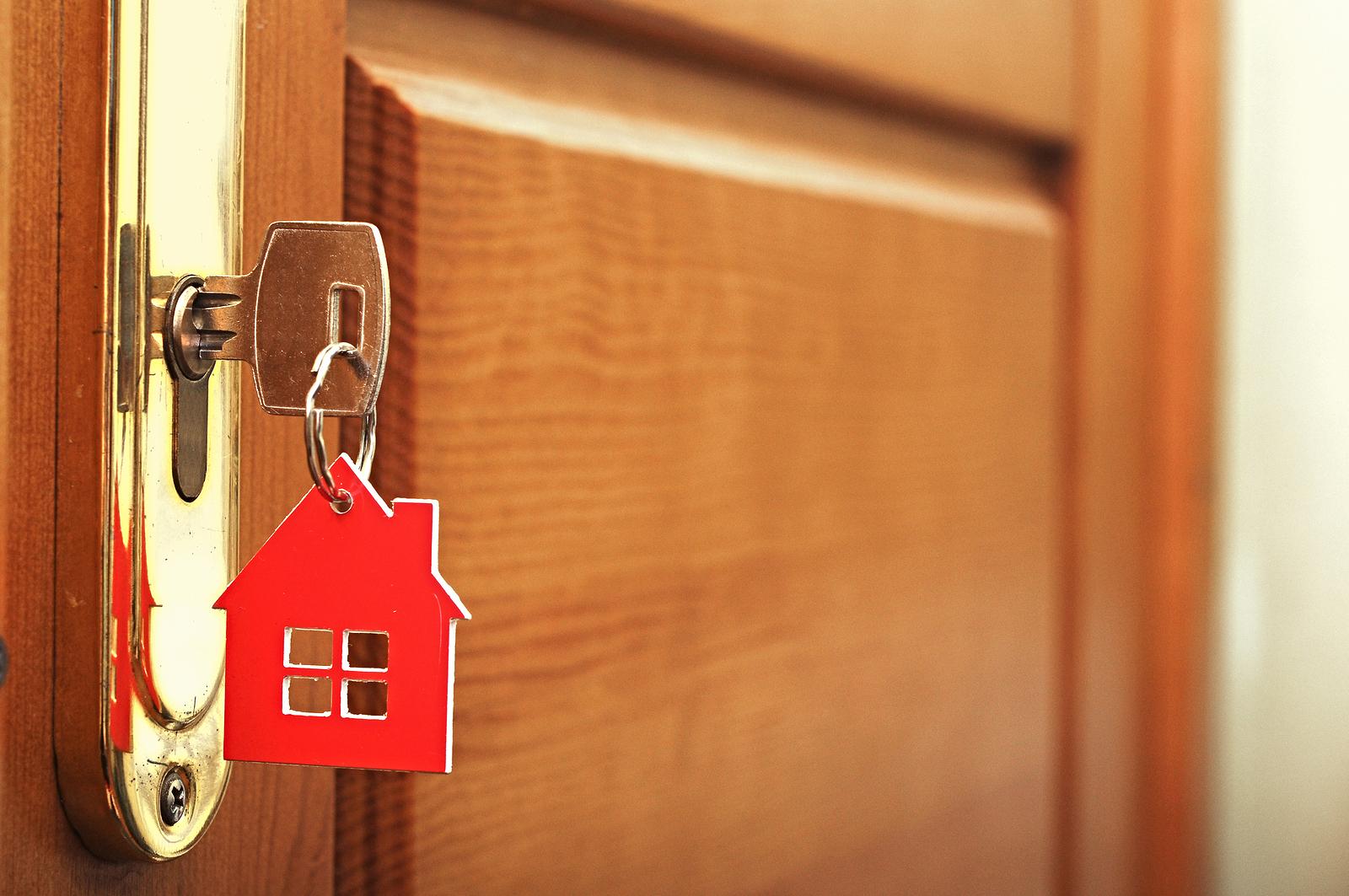Сотрудницы вологодского агентства недвижимости сдавали одну квартиру нескольким клиентам