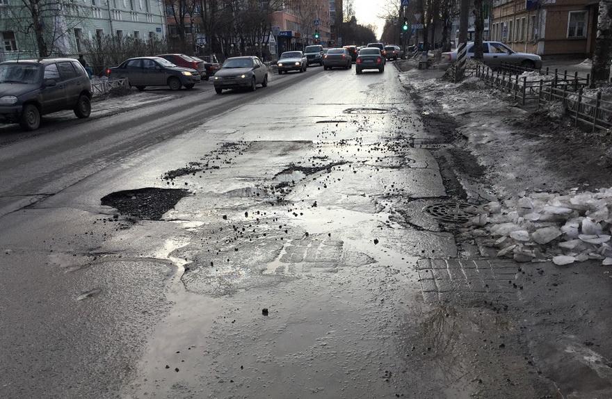 Отчет о дорогах вызвал прения в Гордуме Вологды