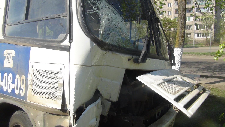 """У маршрутки """"Лоста - ГПЗ"""" в Вологде отказали тормоза"""