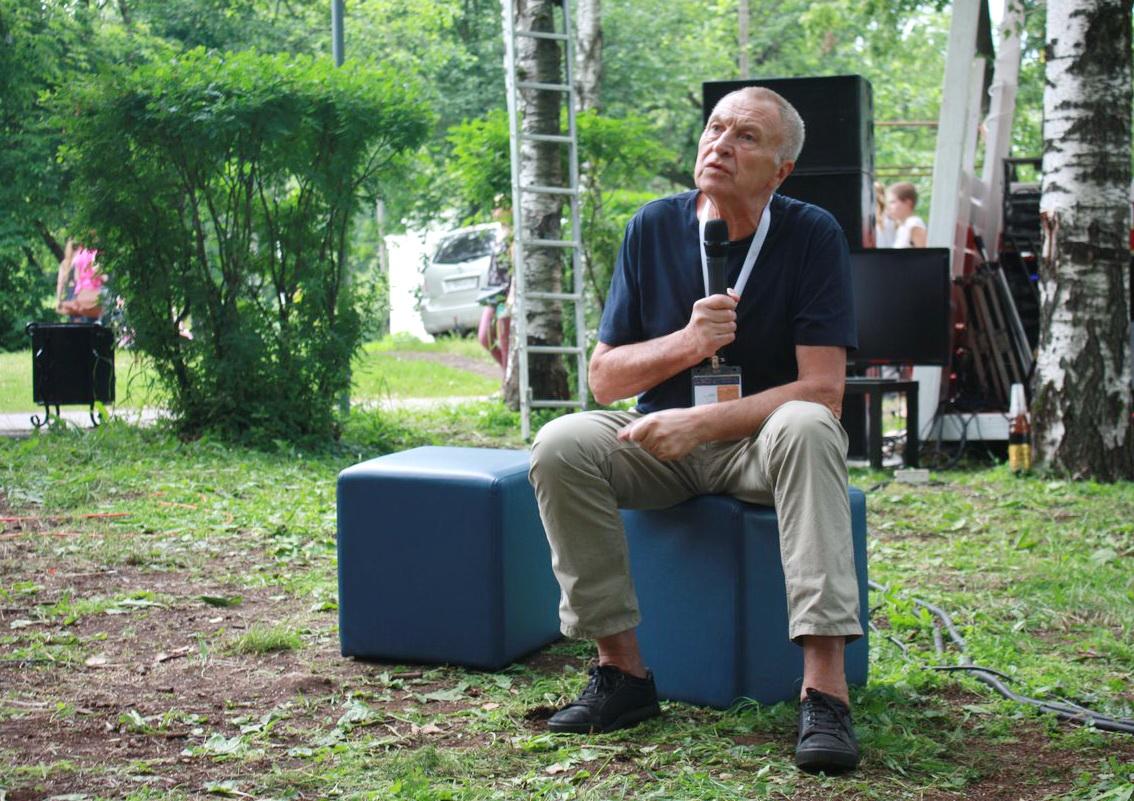 Режиссер «Белорусского вокзала» - вологжанам: Телевизор я уже несколько лет не включаю. Это вредно для здоровья.