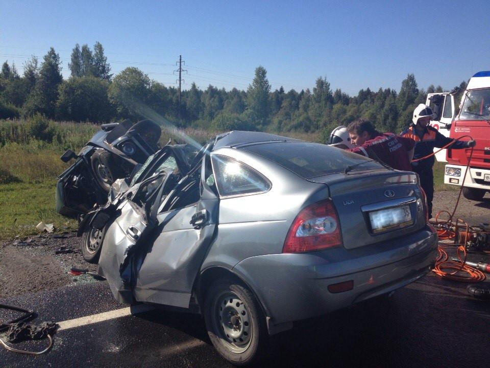 Среди погибших в аварии на трассе в Вологодской области был ребенок