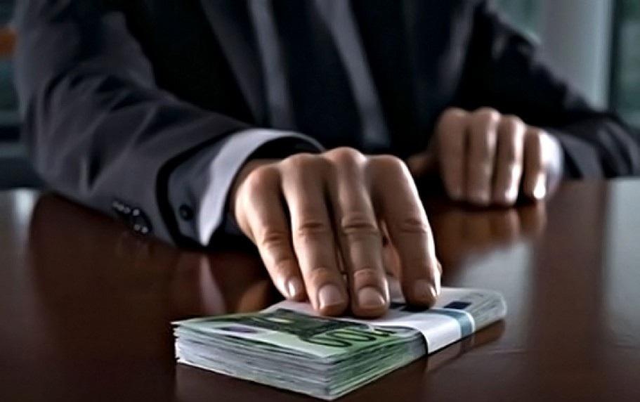 В Вологодской области стали в 3,5 раза чаще давать взятки