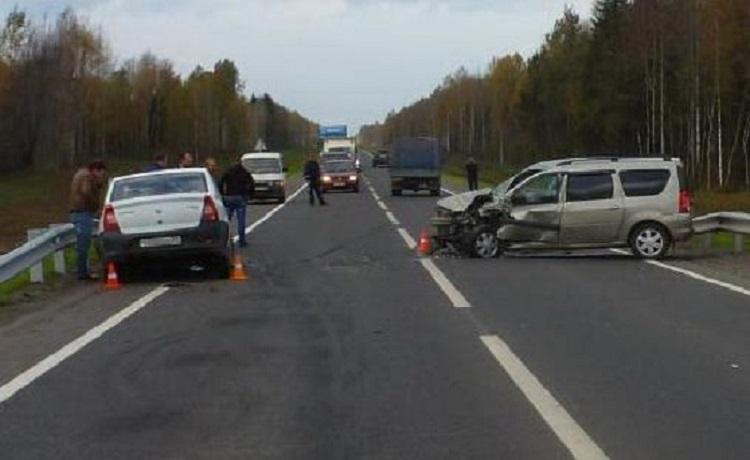 Пять человек пострадали в ДТП под Вологдой