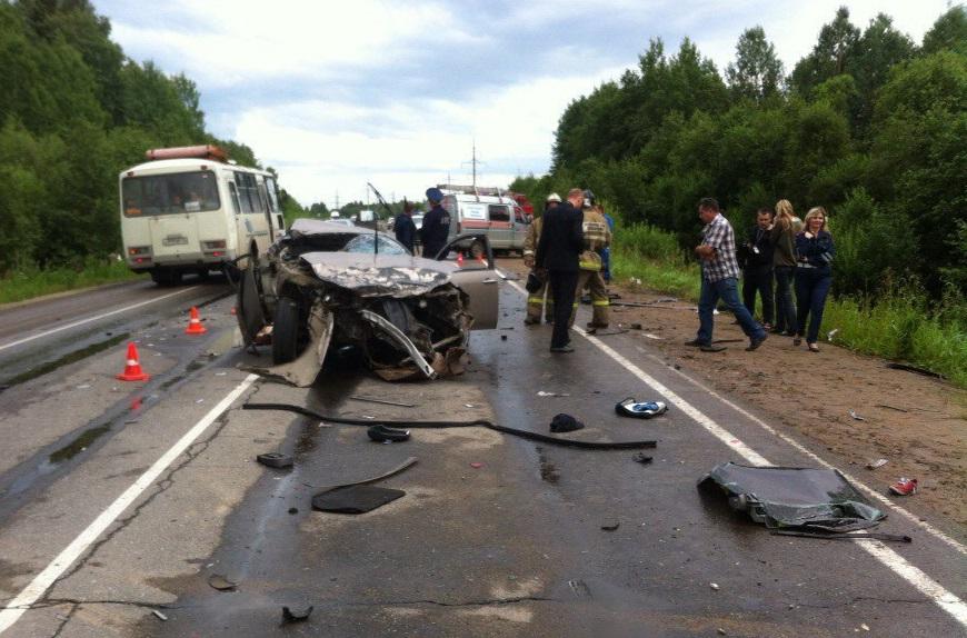 Виновника аварии с четырьмя погибшими в Череповецком районе осудили на три года условно