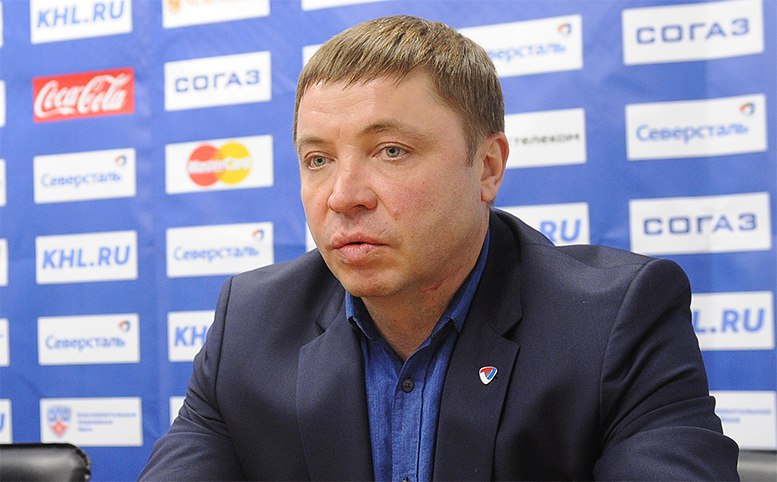 """Главным тренером """"Северстали"""" стал бывший игрок команды Александр Гулявцев"""