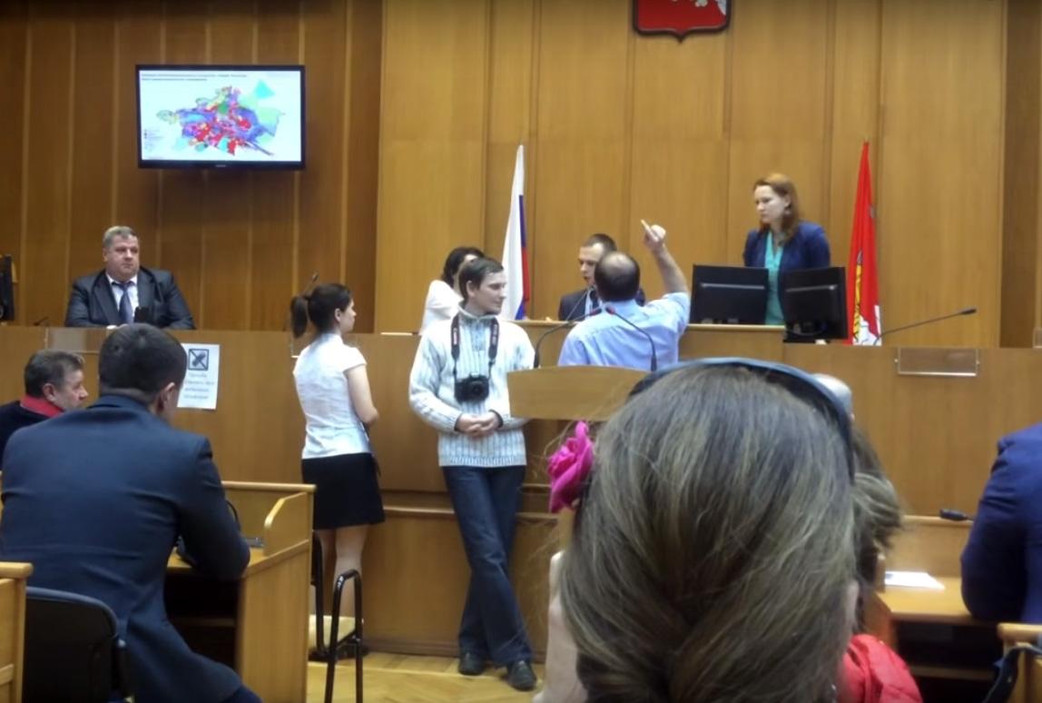 Заместитель главы Вологды хочет привлечь оппозиционного политика к ответственности за оскорбление