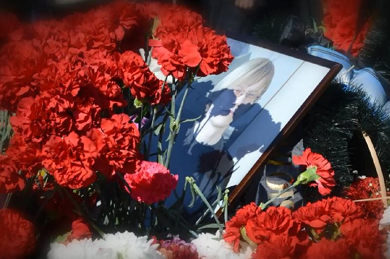 Вдова и друзья погибшего в парке Победы в Череповце художника считают, что смерть наступила от осколочного ранения