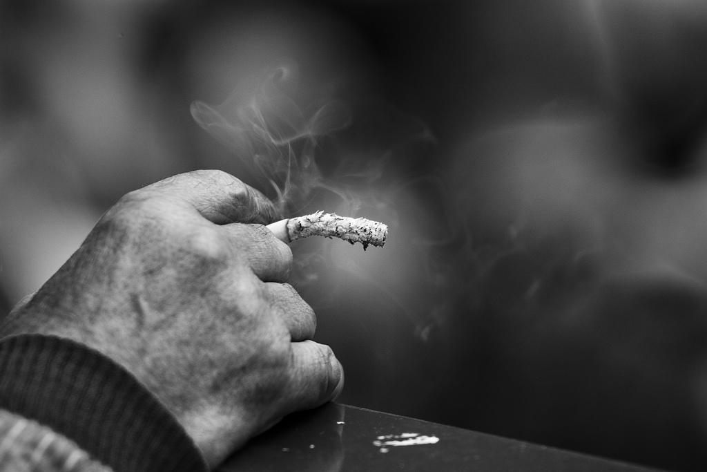 Пьяная жительница улицы Стандартной в поселке Советский уснула с непотушенной сигаретой