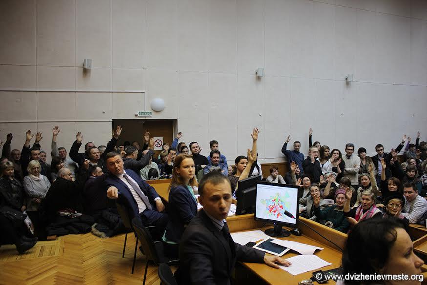 «Да у вас все по сценарию!»: Публичные слушания в Вологде превратились в цирк
