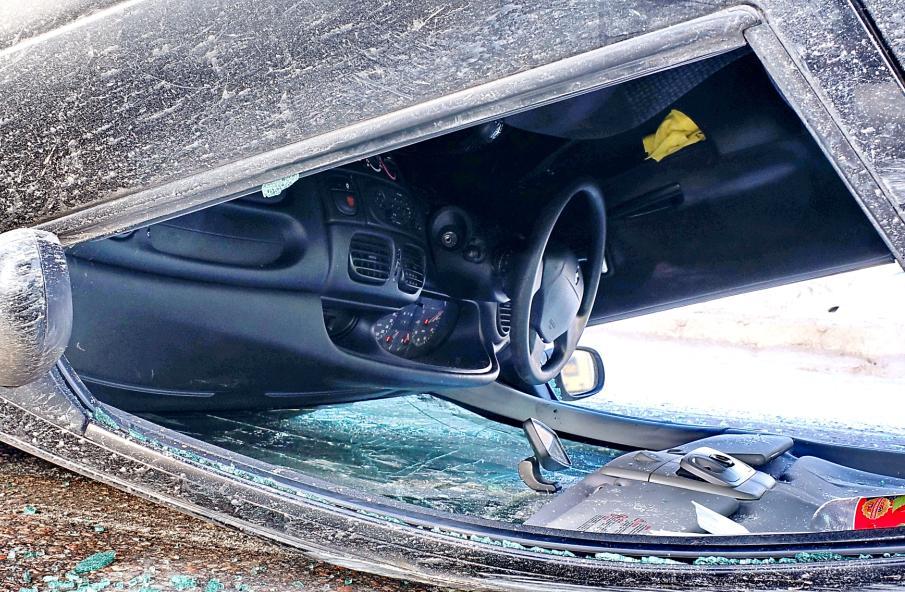 В Бабаевском районе пьяный водитель «Дэу Матиз» вылетел в кювет
