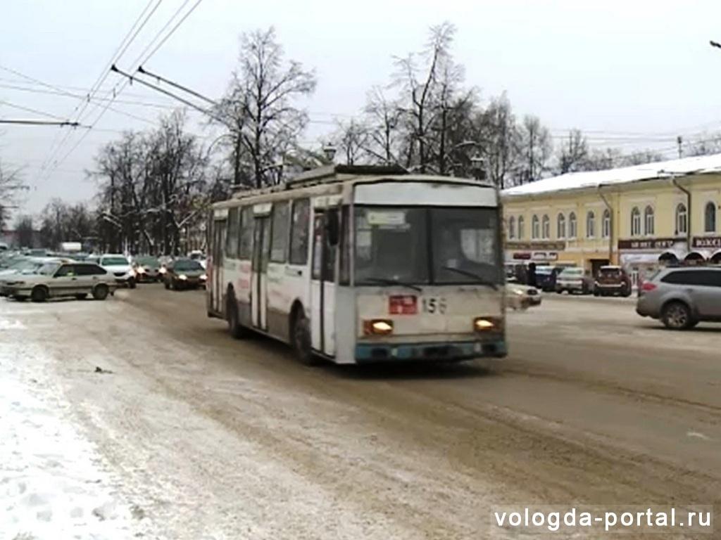 Вместо троллейбуса № 5 вологжанам предлагают ездить на автобусе № 28 или пересаживаться с автобуса № 2 на № 6