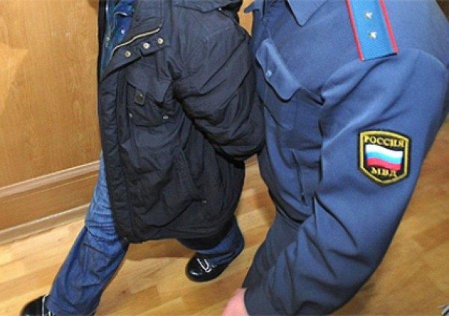 В Череповце будут судить полицейского: он сломал нос задержанному подростку