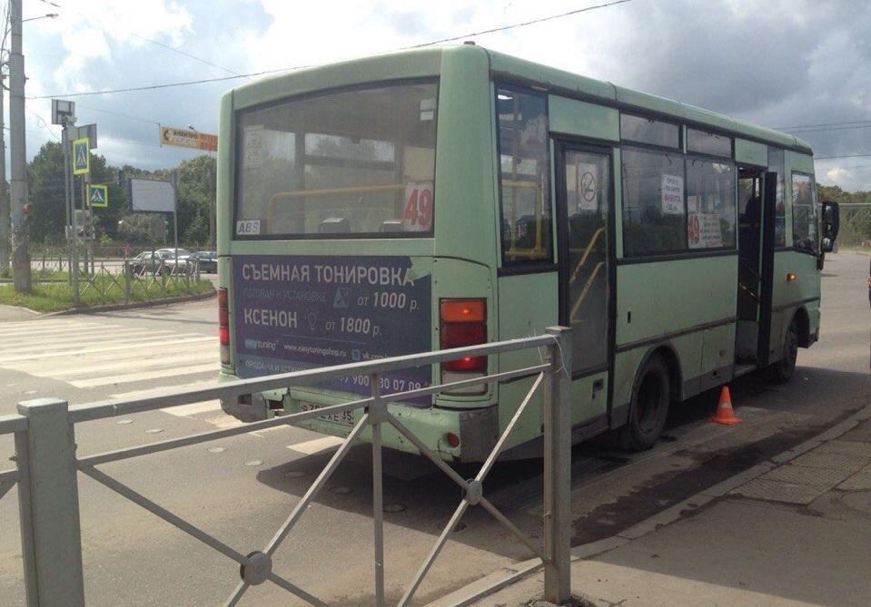 В Вологде водитель автобуса № 49 сбил женщину с коляской