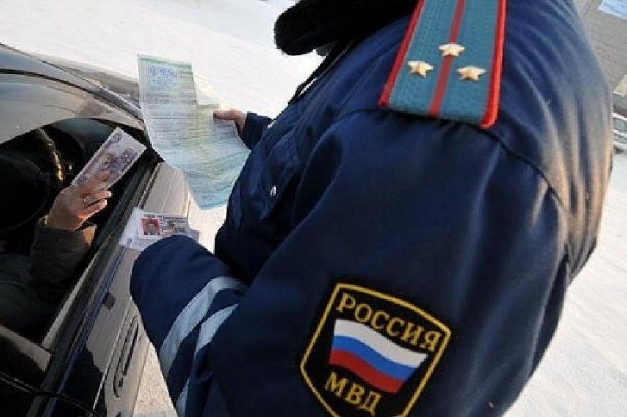 Жителя Бабаевского района осудили за предложение взятки инспектору ДПС