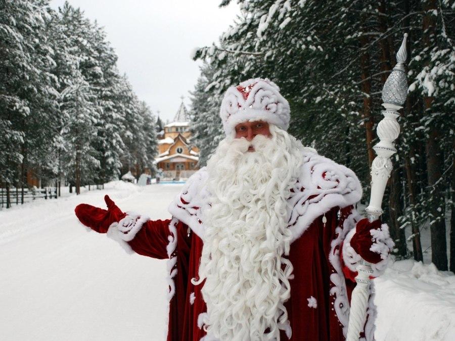 Дед Мороз vs Санта-Клаус: банкротство резиденции Санта-Клауса открывает новые перспективы для резиденции Деда Мороза
