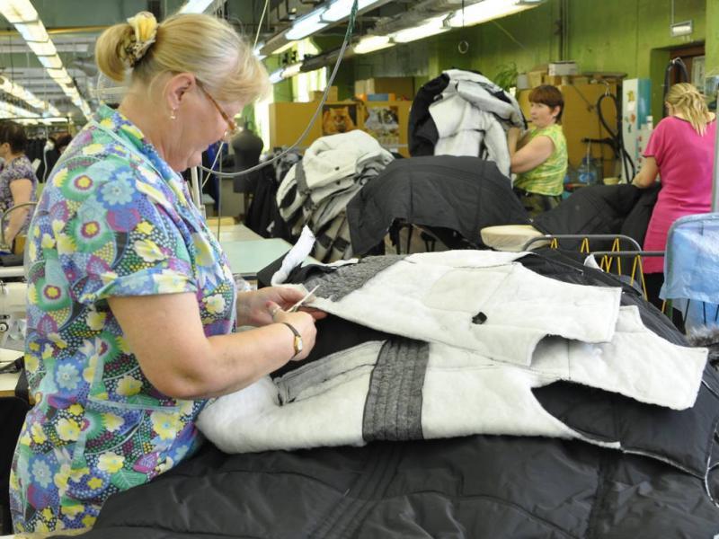 Работники Вологодской швейной фабрики мерзнут в цехах
