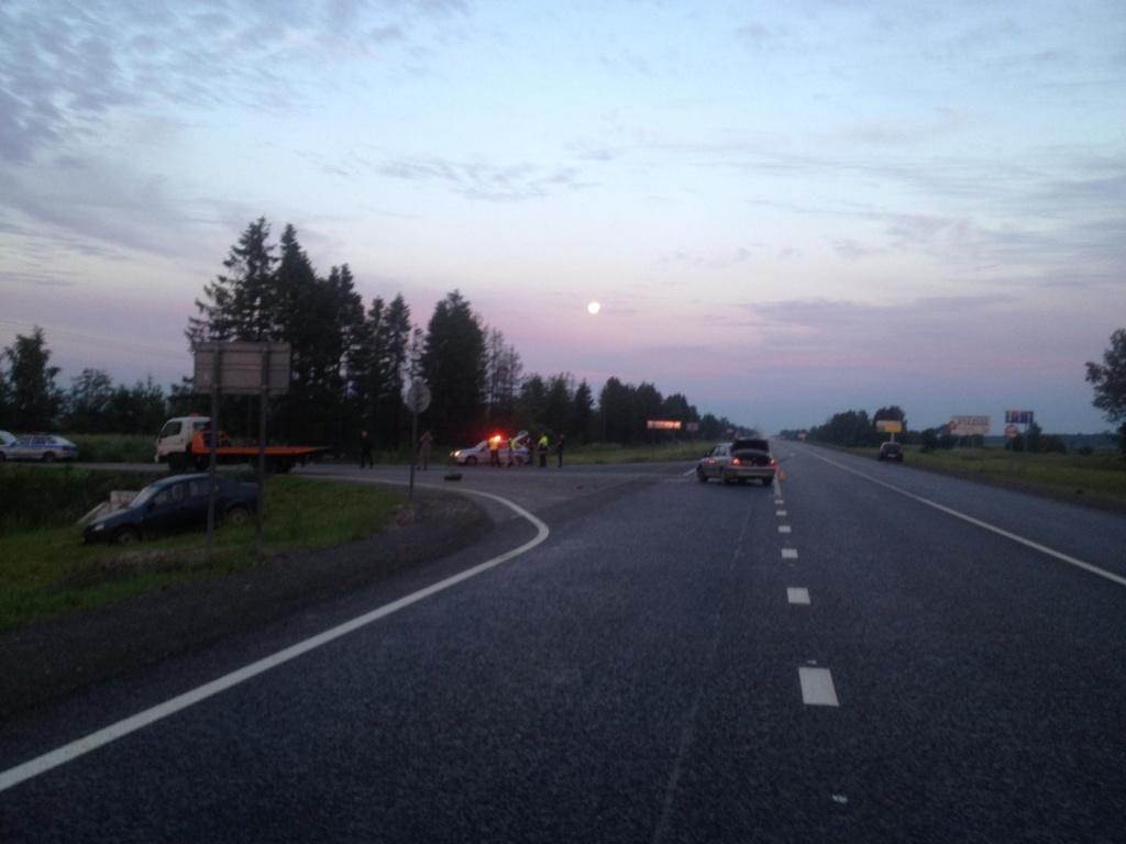 Пьяный водитель иномарки устроил ДТП с шестью пострадавшими в Вологодском районе