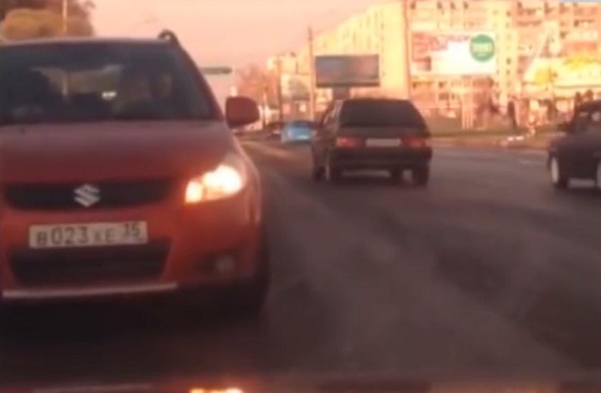 В Вологде водители-лихачи выложили в интернет видеоролик со своими нарушениями