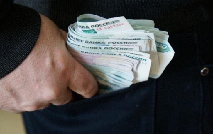 Житель Верховажского района крал деньги в кассах магазинов, чтобы погасить кредиты