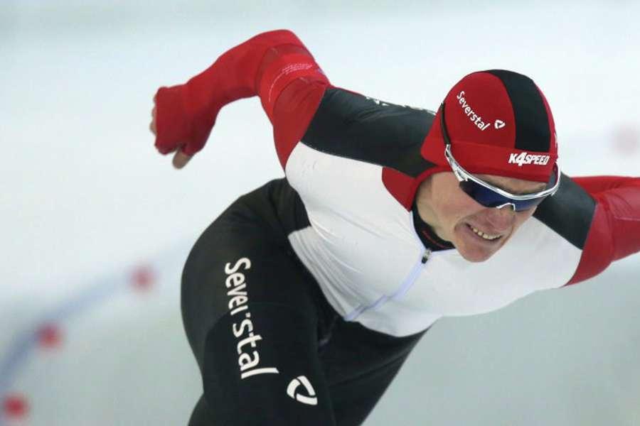 Череповецкий конькобежец Артем Кузнецов стал 15-м на этапе Кубка мира в Калгари