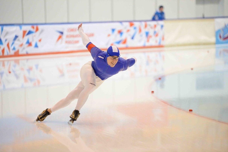 Золото, серебро и бронзу завоевали вологодские конькобежцы на соревнованиях в Москве