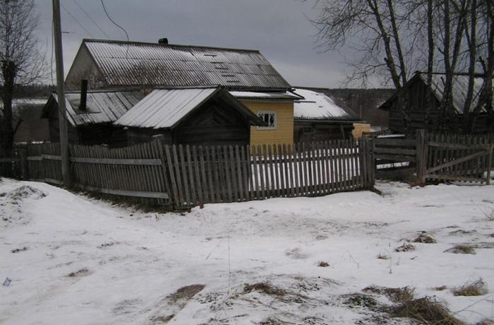 Хозяйственные воры вынесли 30 банок солений из дома в вологодской деревне