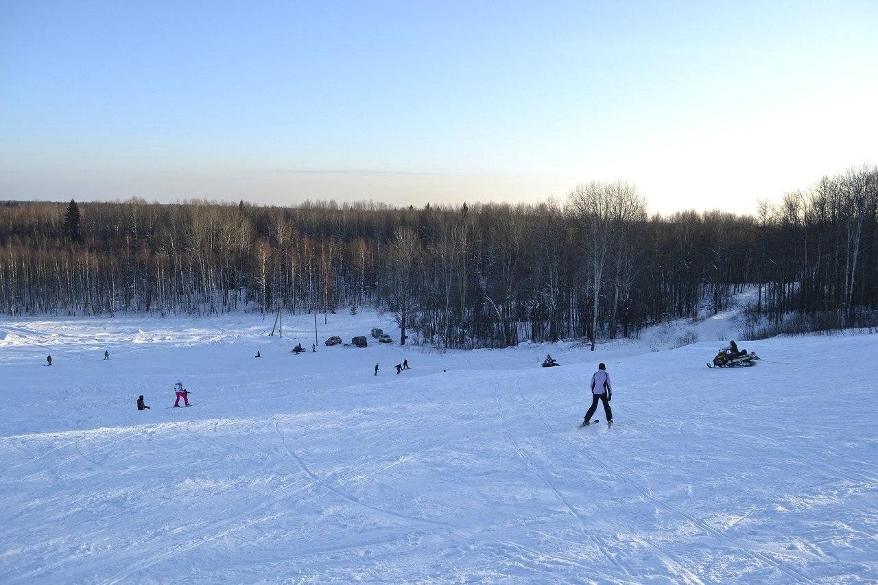 В Кирилловском районе закрыли канатную дорогу в горнолыжном коплексе «Цыпина гора»