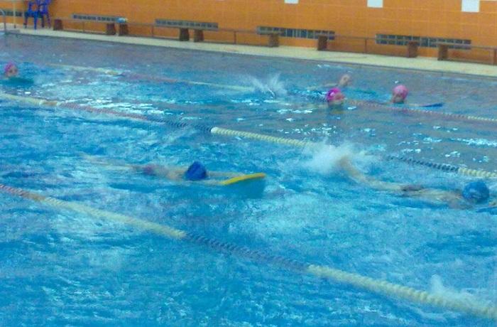 Занятия по физкультуре в бассейне в Вологде, где утонул школьник, прекращены