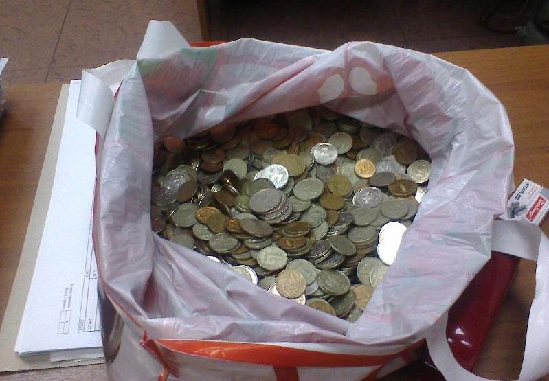 Житель Никольска отдал приставам 3 тысячи рублей долга монетами