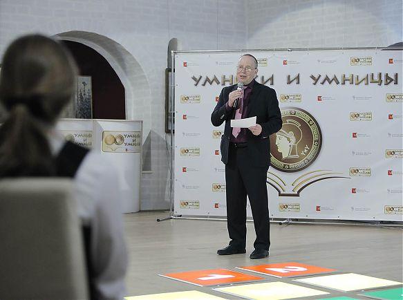 Пять вологодских школьников примут участие в передаче «Умники и умницы» на Первом канале