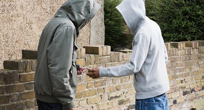 Подростки пытались наладить сбыт наркотиков через тайники в Череповце