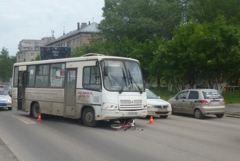 В Вологде автобус сбил школьницу на велосипеде