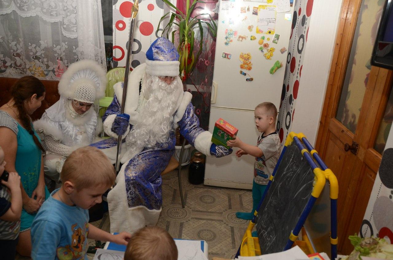 Депутатам Вологодской гордумы предложили попробовать себя в роли социального Деда Мороза