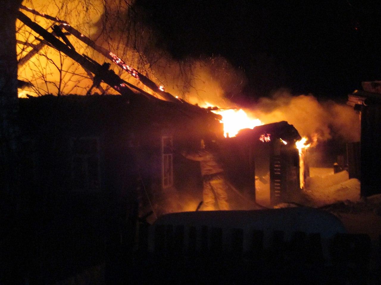 В Шекснинском районе пожар унес жизни двоих мужчин