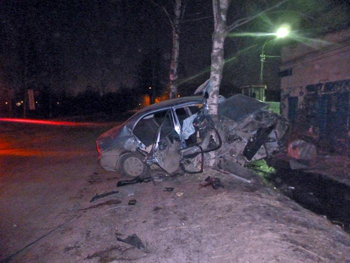 В Вологде двое молодых людей получили тяжелые травмы в ДТП