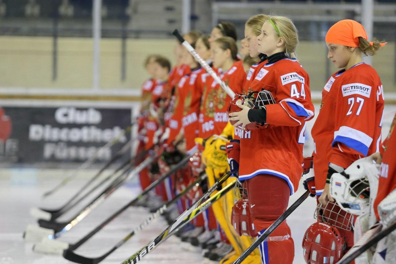 Вологодских девочек научат играть в хоккей