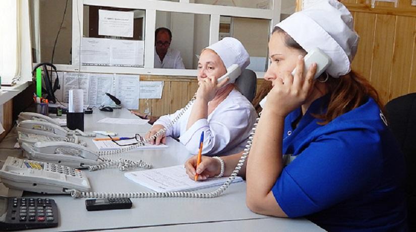 В Череповце скорая помощь помогла приставам разыскать должника