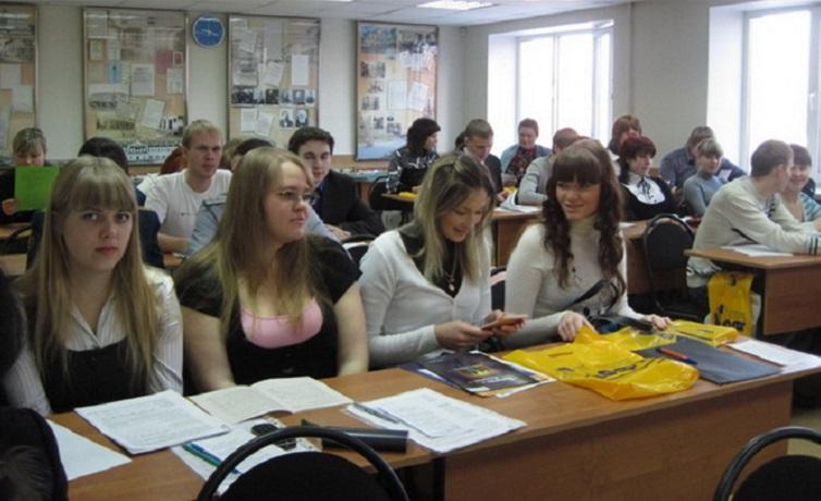 Некоторых студентов Вологодского института бизнеса могут отправить учиться в другие города