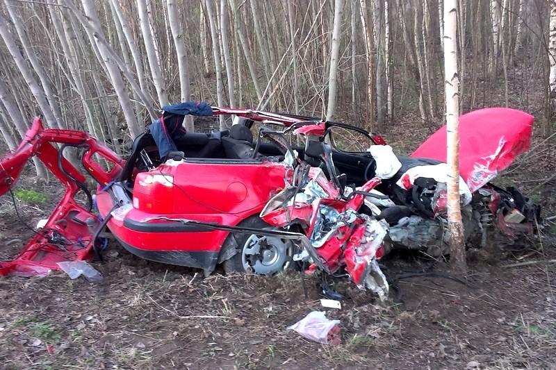 В Череповецком районе иномарка врезалась в тягач: водитель в коме
