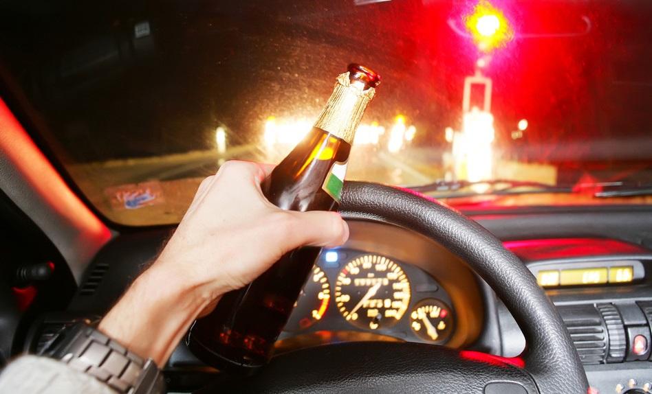 Пьяный вологжанин ехал за рулем с годовалым сыном на коленях