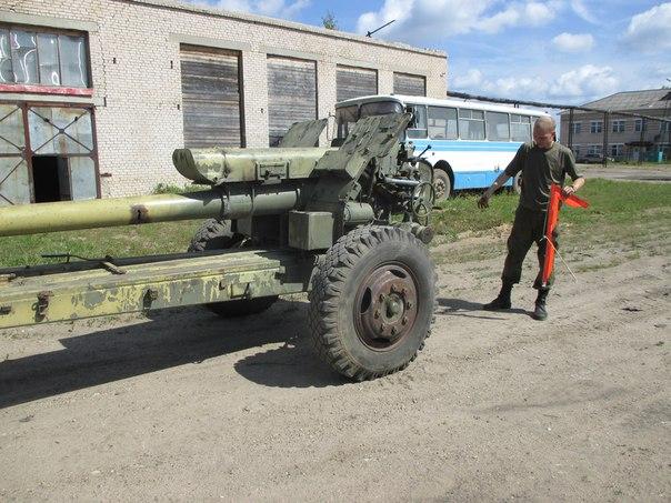 122-миллиметровую гаубицу привезли в Тотьму