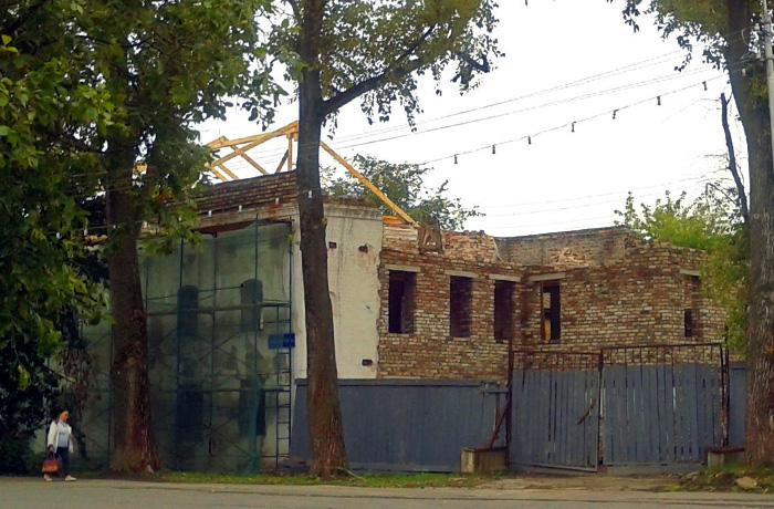 Реставраторов, разрушивших стену XVIII века в центре Вологды, будут судить