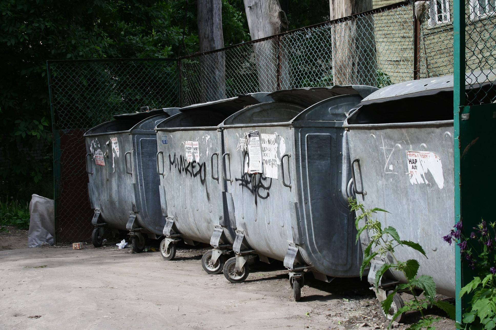 У должников в Вологде перестали принимать мусор